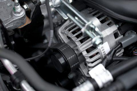 Popravljamo in obnavljamo alternatorje.
